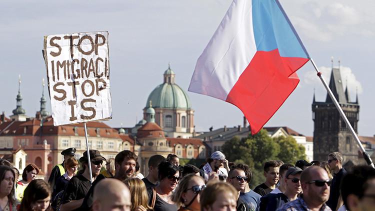 """Václav Klaus: """"Europa se enfrentará a un verdadero tsunami de refugiados"""""""