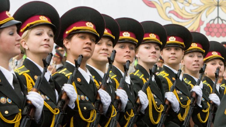 Las mujeres, joya del Ejército ruso