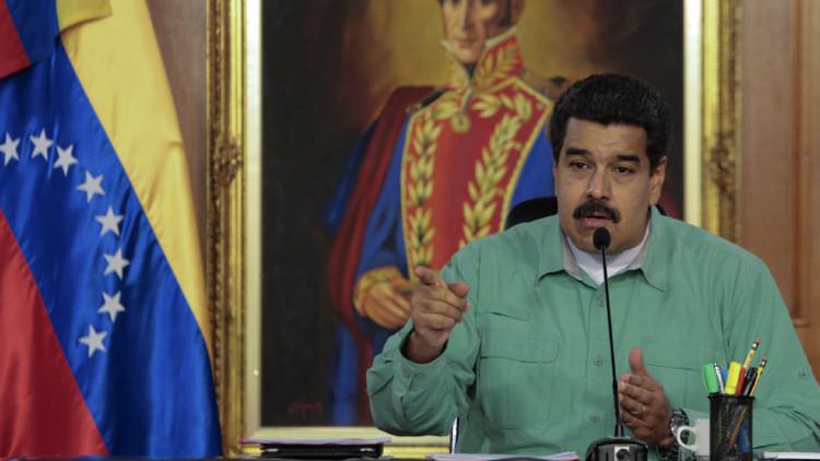 Maduro anuncia un plan de emergencia para reformular la economía en Venezuela