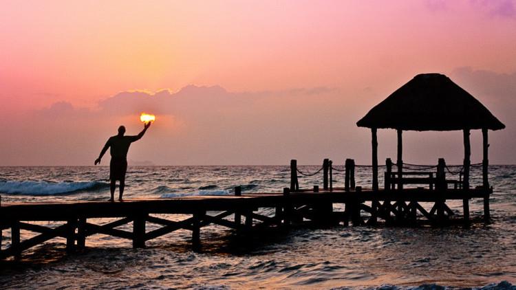 Una isla obtiene el 25% de sus ingresos de la venta de pasaportes