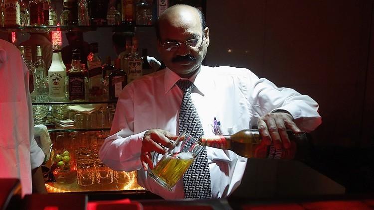 Cuáles son los efectos negativos de consumir alcohol en personas mayores de 40 años