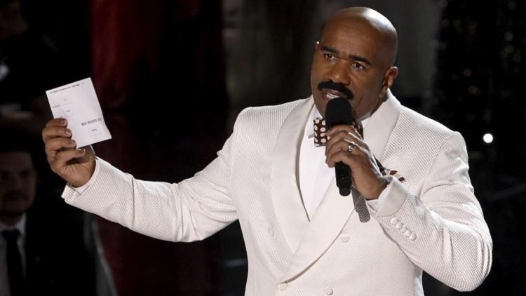 Confesión imprevista: ¿Con quién no se disculpó el presentador de Miss Universo tras la gala?