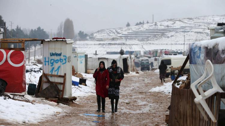 Un sirio permite que traficantes violen a su esposa para pagar el viaje a Europa