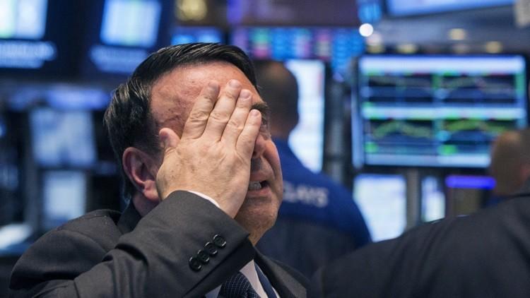 El Dow Jones cae en picado tras el nuevo desplome de la bolsa china