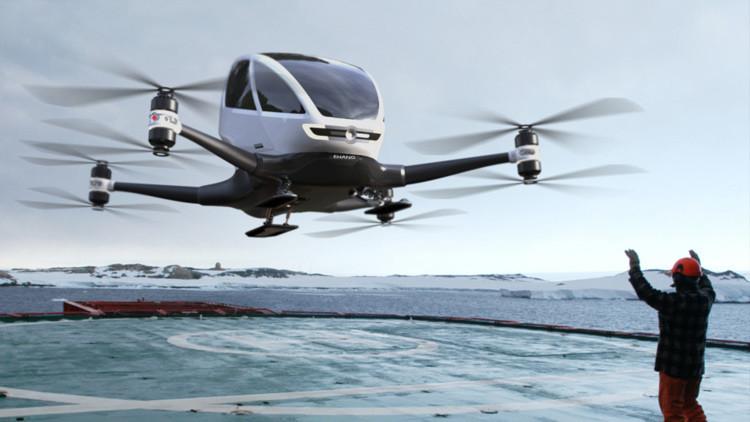¿Quiere viajar en dron? Una empresa china presenta el primero capaz de transportar pasajeros (video)