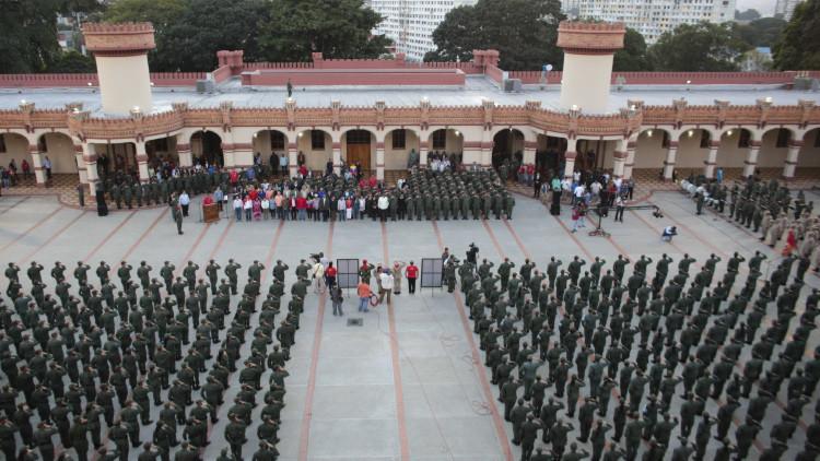 """El Ejército de Venezuela confirma su """"lealtad e irrestricto apoyo"""" a Nicolás Maduro"""