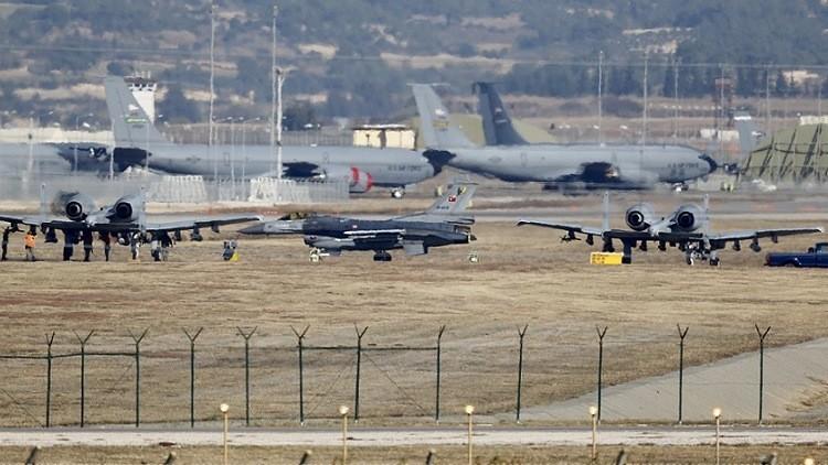 ¿Un poco casi no cuenta? Aviones de combate de Turquía vuelven a violar el espacio aéreo griego
