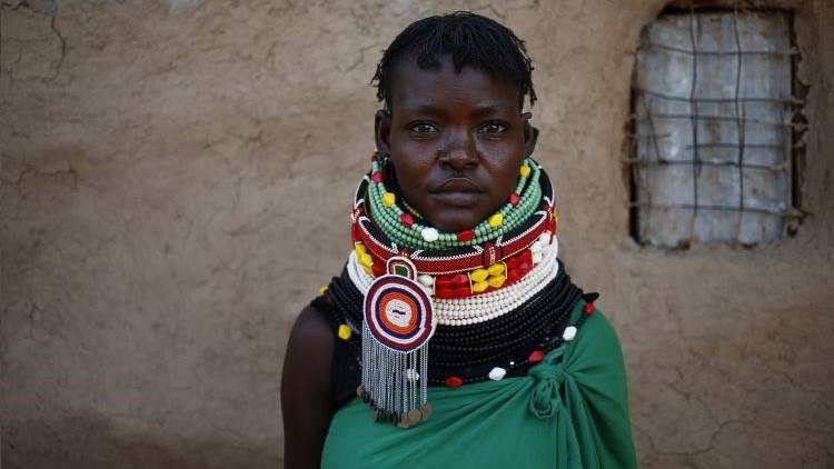 Una mujer del pueblo Turkana, Kenia