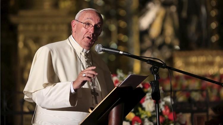 """El papa Francisco relata en su nuevo libro su """"relación especial"""" con los reos"""