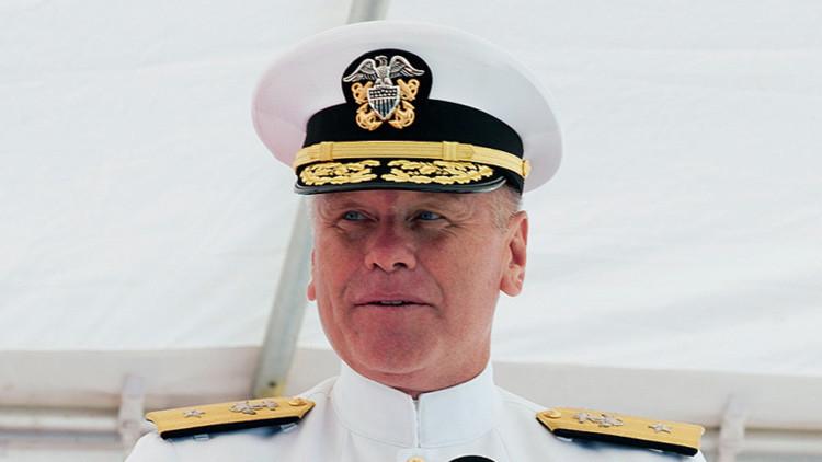 Despiden a un almirante en EE.UU. por ver pornografía en el trabajo