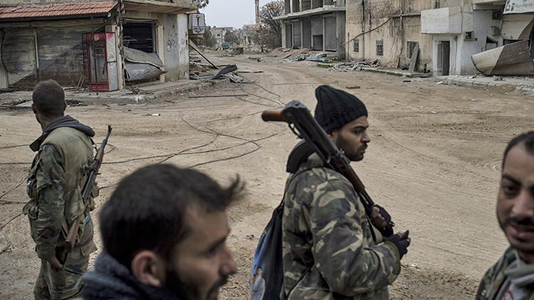 El Ejército sirio prosigue su avance y recupera varias ciudades en las provincias de Homs y Daraa