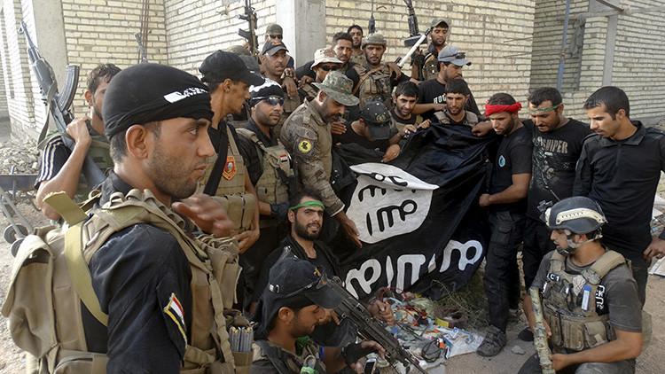 El Estado Islámico quema vivos a sus propios combatientes por abandonar Ramadi tras su caída