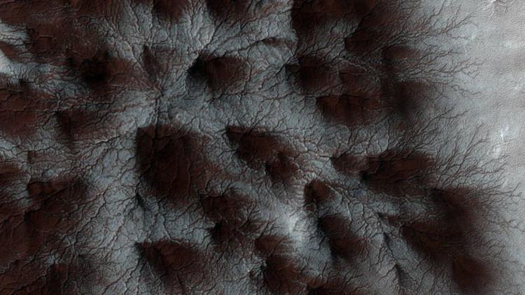 ¿Qué son las 'arañas' que aparecen sobre la superficie de Marte?