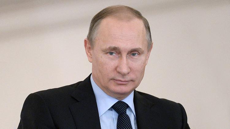 """Putin: """"Rusia ha creado un remedio para el ébola más efectivo que los medicamentos actuales"""""""