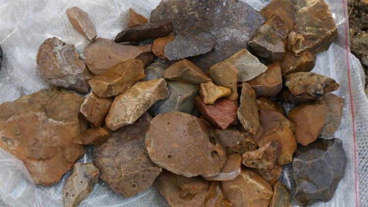 Herramientas de la Edad de Piedra dejan perplejos a los científicos, ¿quién las creó?