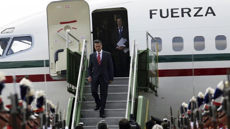 """Peña Nieto se quedará con el nuevo avión presidencial """"para evitar pérdidas"""""""