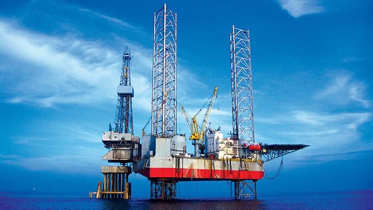 """Magnate petrolero de EE.UU.: """"El precio del petróleo alcanzará los 60 dólares este año"""""""