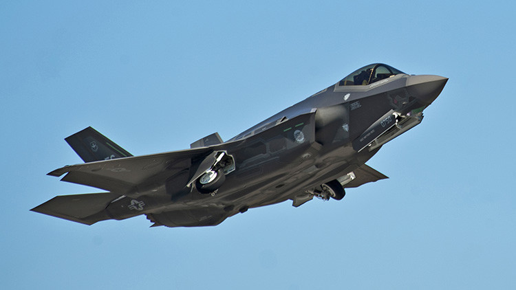 Un nuevo defecto lastra a los F-35: Ahora fallan los tanques de combustible