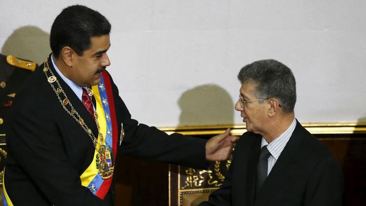 """Nicolás Maduro: """"Tendrán que derrocarme para aprobar una ley de privatización"""""""