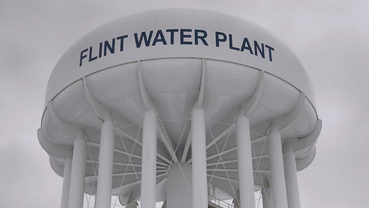 EE.UU. padece un problema del Tercer Mundo: La ciudad con el agua insalubre
