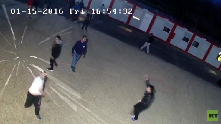 Video: Batalla campal entre los refugiados y la Policía en Hungría