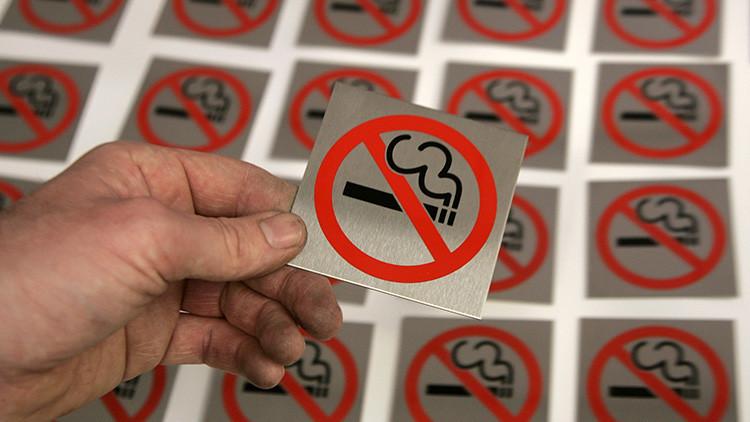 Un país le declara la 'guerra total' al tabaco
