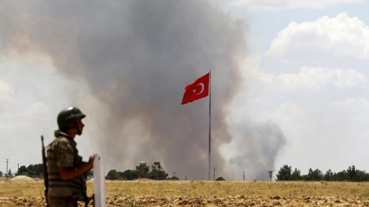 Turquía responde con fuego de artillería sobre Siria tras el ataque a la escuela de Kilis