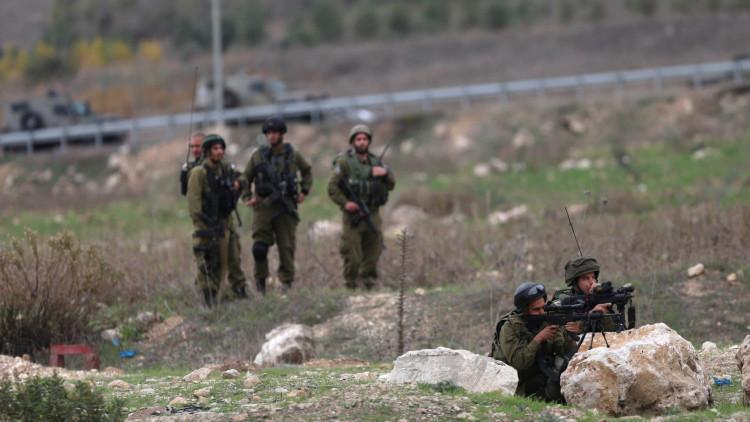 Un oficial israelí elogia a un francotirador por disparar a palestinos en un escalofriante video