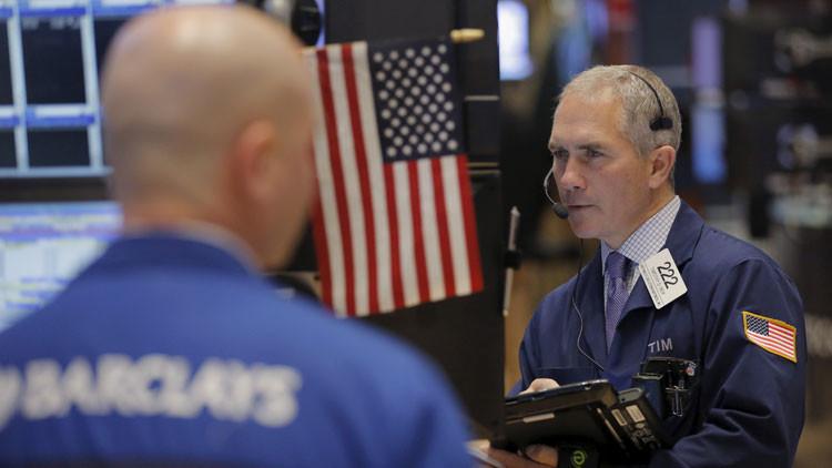 Wall Street entra en pánico: 3 factores que no dan tregua