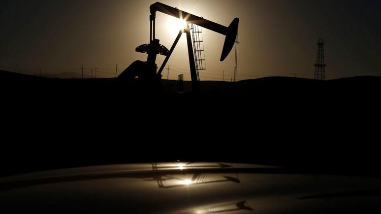 """""""Habrá caos y una tormenta perfecta: los precios del petróleo no se recuperarán hasta el 2040"""""""