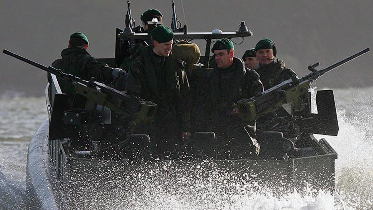 Abusos y ritos de iniciación: el escándalo salpica a la Marina Real británica