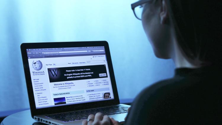 Muertes, política, glaciares…: ¿qué artículos de la Wikipedia son los más editados?