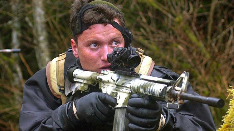 El soldado que mató a Bin Laden entrega al Gobierno una foto del cadáver del líder de Al Qaeda