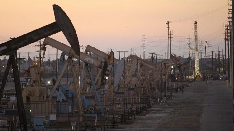 """Correa: Caída de precios del petróleo tiene """"aspecto geopolítico"""""""