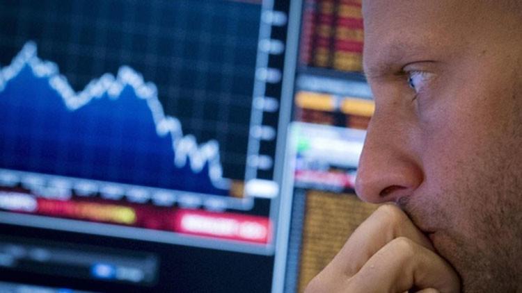 ¡Vamos a venderlo todo!: Inversores entran en pánico ante la repetición de la crisis del 2008