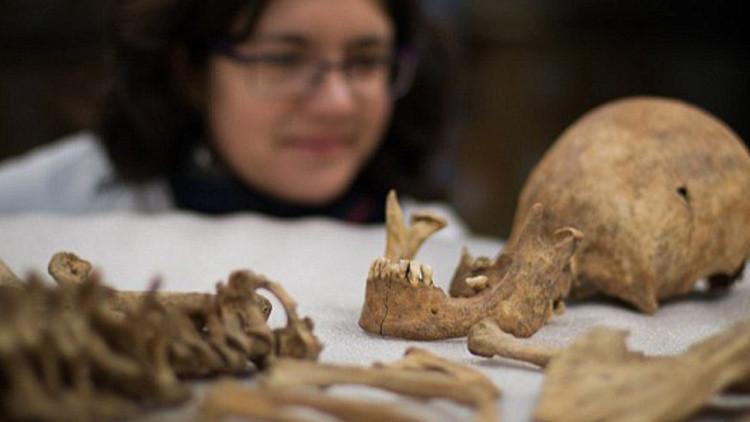 Científicos desvelan el misterio de los entierros romanos sin cabeza