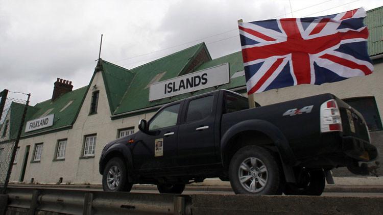 """Cameron desalienta a Macri: """"Las Islas Malvinas seguirán siendo británicas"""""""