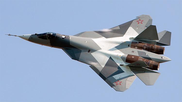Dan a conocer cuándo comenzará a producirse en serie el caza ruso T-50
