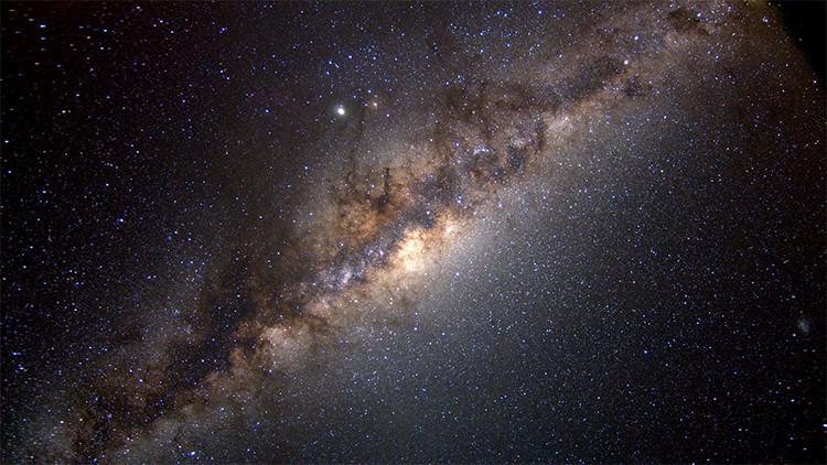 Hallan enormes estructuras invisibles en la Vía Láctea