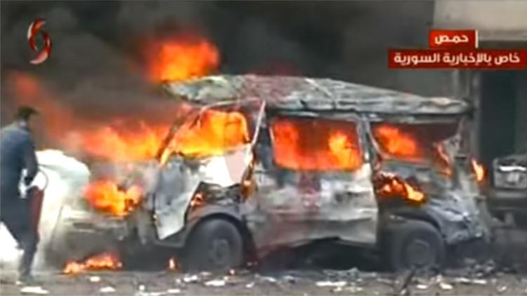 FUERTES IMÁGENES: Decenas de muertos y más de 100 heridos en dos explosiones en Homs
