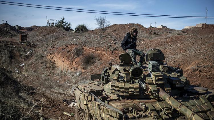 Así se ve el tanque ruso T-72 mejorado por especialistas sirios
