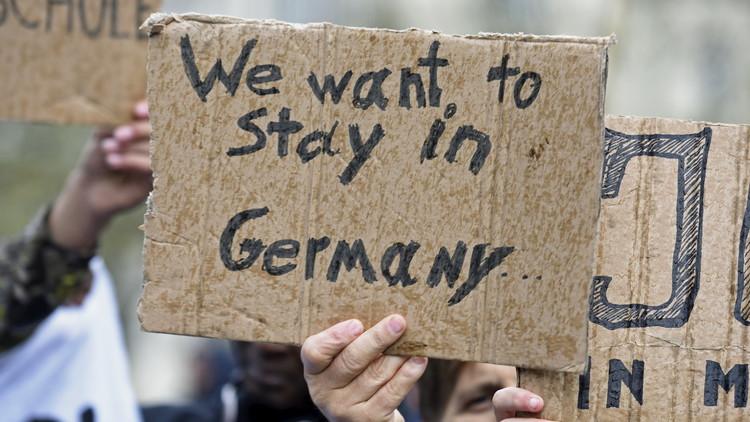 Cómo la inteligencia alemana convertía a refugiados en informantes