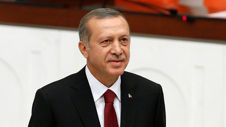 """""""Erdogan no logra ver a Putin y busca pretextos como la violación del espacio aéreo por un Su-34"""""""