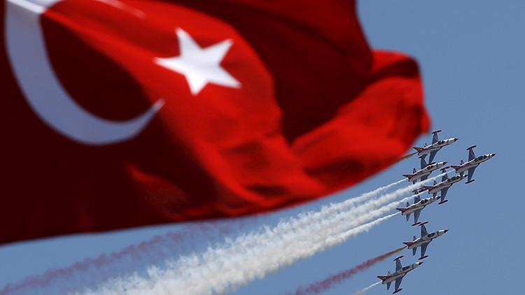 Turquía declara el alerta máxima en su Fuerza Aérea