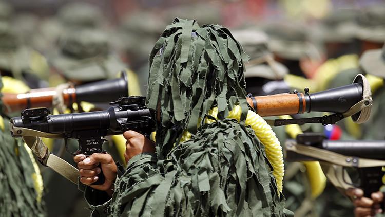 Video: Policía Nacional de Colombia se tirotea con la Marina de Venezuela en la frontera