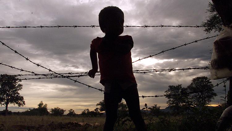 En terrenos de la Iglesia católica explotan a los niños