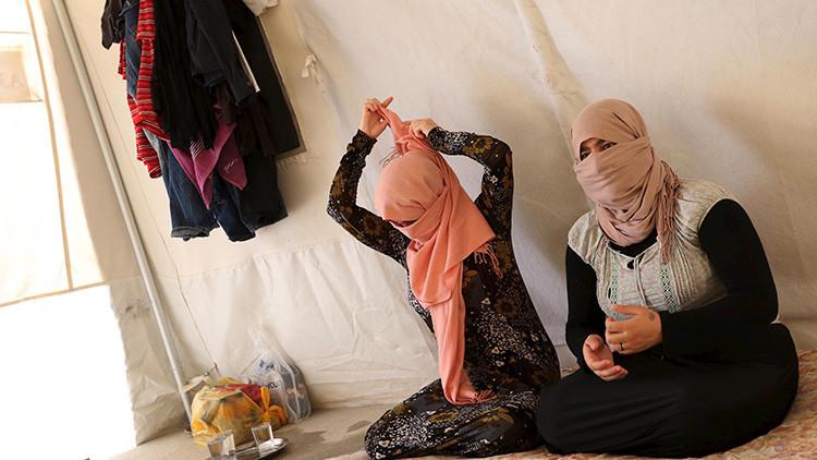 Mujeres yazidíes son sometidas a traumáticas pruebas de virginidad tras escapar del EI