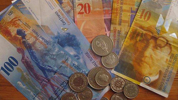 ¿Quiere cobrar sin trabajar?: Suiza vota para implantar un salario de 2.400 dólares para todos