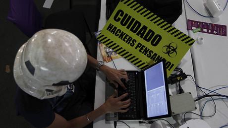 El jefe de los 'hackers' de la NSA comparte los secretos para evitar el espionaje digital