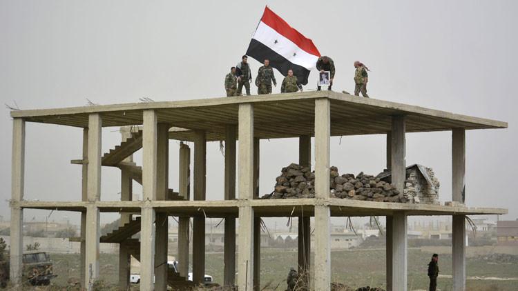 Sigue la huida: El Ejército sirio expulsa al Estado Islámico de una ciudad estratégica en Latakia